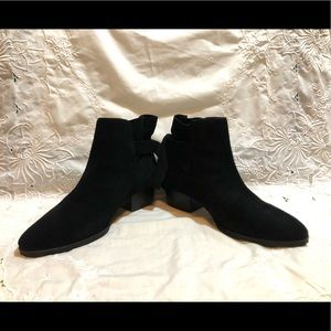 Aerosoles Black Suede Leather Ankle Boots